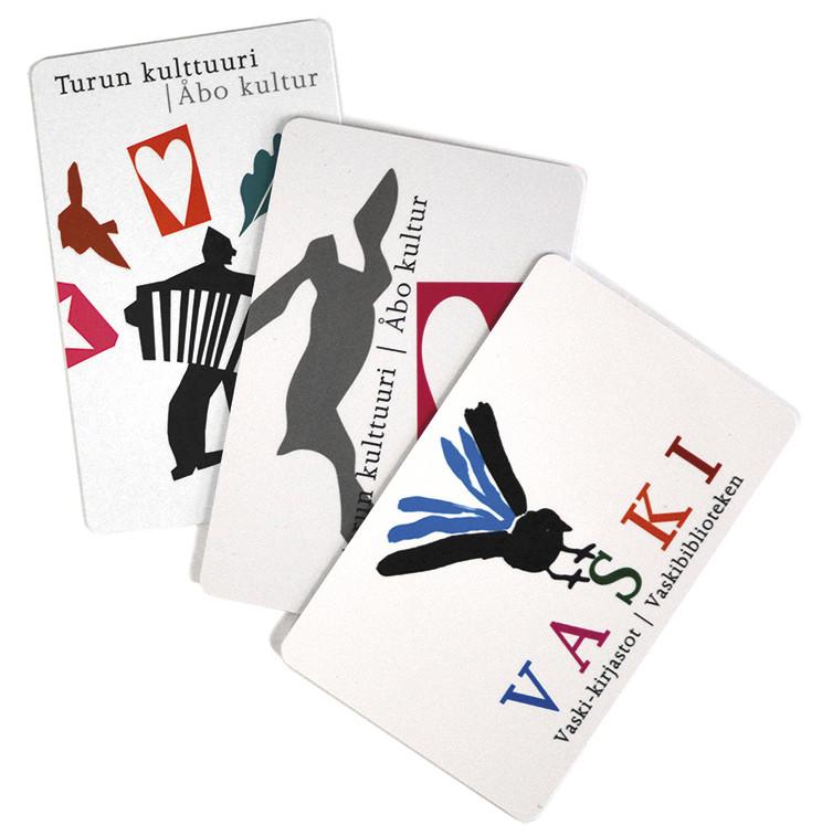 Du kan få Kulturkortet bifogat till Åbo stadsbibliotekets två senaste bibliotekskort eller till Vaski-bibliotekens kort.