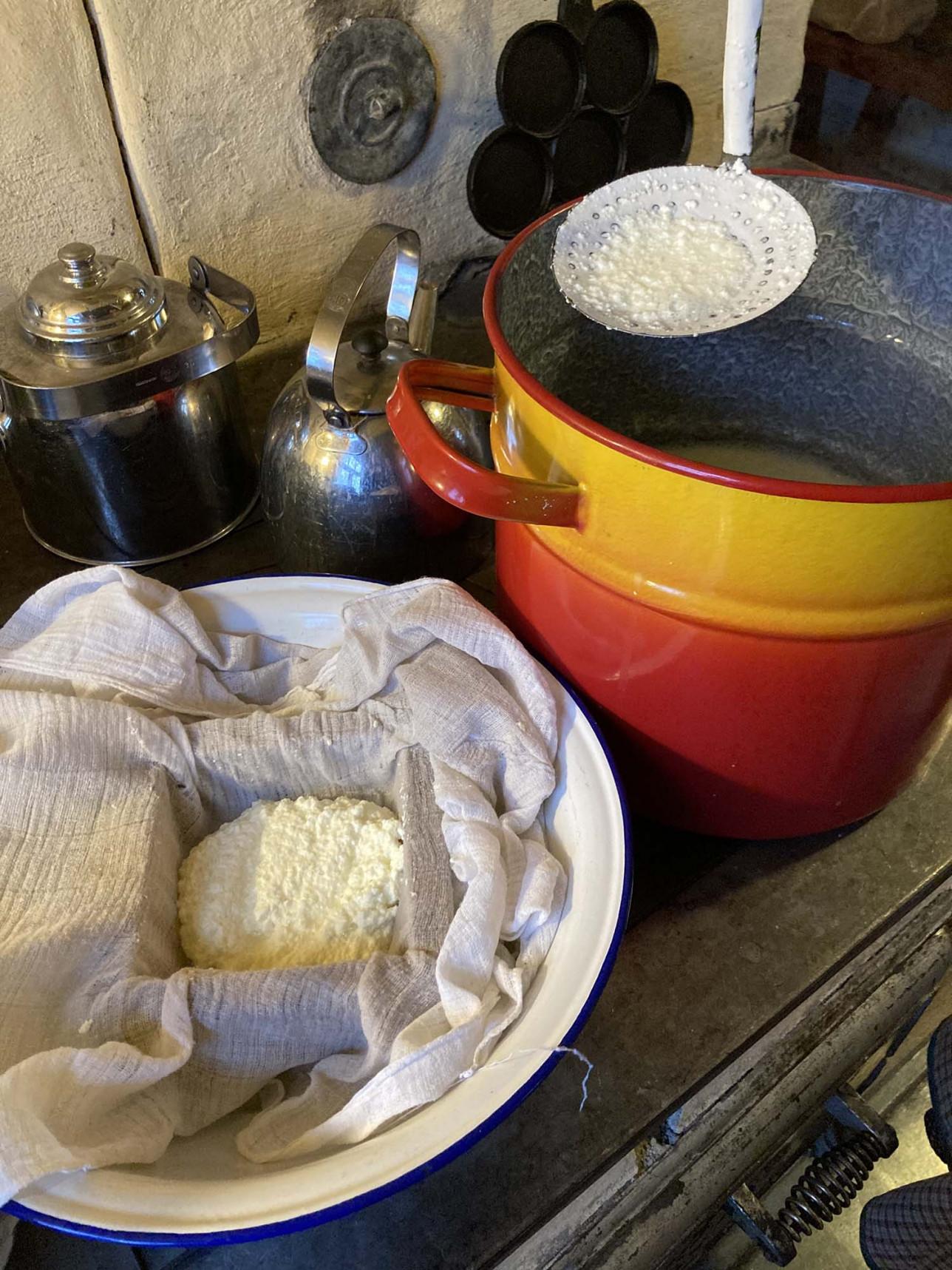 Munajuuston valmistus