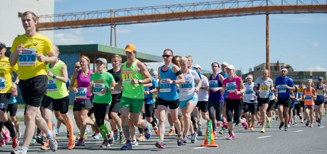 Juoksijat Paavo Nurmi Marathonilla