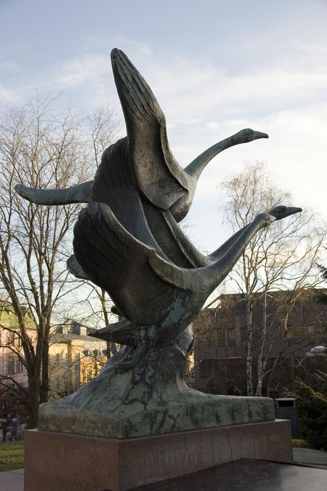 Jussi Mäntynen: Joutsenet