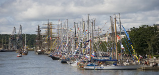 Tall ships in the river Aura