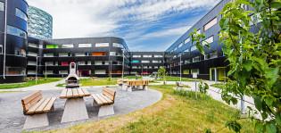 Ekoenergiaa hyödyntävä Aitiopaikka tarjoaa asunnon 350 opiskelijalle