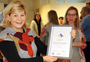 Minna Aromaa vastaanotti CAF-diplomin