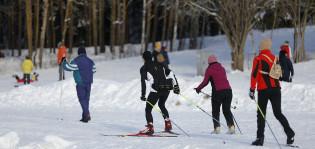 Impivaarassa hiihdetään.