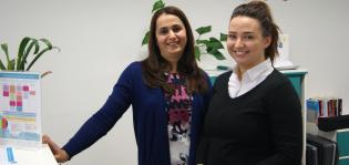 Elena Fedorenko ja Avin Mohammed Ahmed palvelevat asiakkaita useilla eri kielillä.