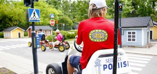 Kesätyöntekijä poliisina liikennekaupungissa