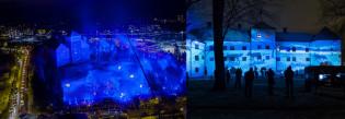 Turun linna ja puisto sinisessä valossa, luontoheijastukset esilinnan seinissä