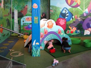 Pikkuli-leikkipaikka Hansakorttelissa