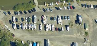 Veneiden talvisäilytyspaikat Lauttarannassa