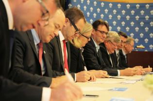 Turku Future Technologies -sopimuksen allekirjoitus