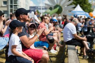 Tall Ships Racesin lastentapahtuman yleisöä