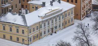Vanha Suurtori talvella ilmasta
