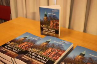 Turun kaupungin yleissivistävän koulutuksen historian