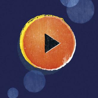 Oranssi play-nappula.