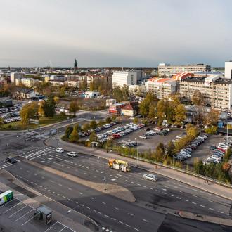 Ylhäältä kuvattu näkymä Tiedepuistolta kohti keskustaa.