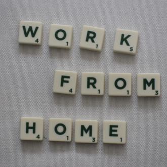 """Tekstiä englanniksi: """"work from home"""""""