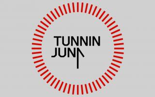 Tunnin juna -logo