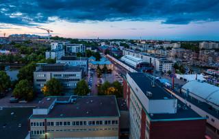 Turku illalla kuvattuna ilmasta