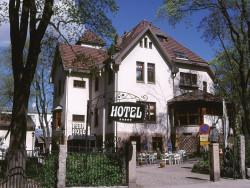 Park Hotel / julkisivu