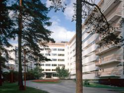 paimio_sanatorium_main_entrance_photo_maija_holma_alvar_aalto_museum-1500x710.jpg