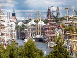 turku_cathedral_and_riverside_during_tall_ships_races_2017_photo_by_olli_sulin.jpg