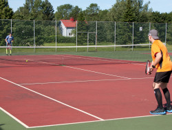 vasaramaen_tenniskentalla.jpg