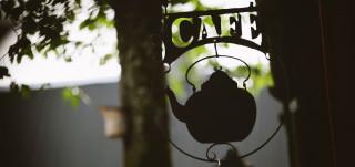 Café Qwenselin kyltti