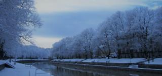 Luminen maisema Aurajoenrannasta