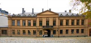 Brinkkalan talo Vanhalla Suurtorilla