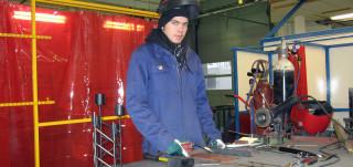 Fendari - nuorimies töissä