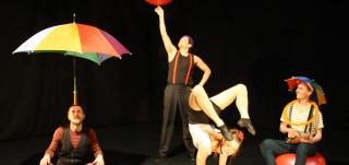 Lennä lennä sirkusesitys lapsille