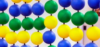Palloista tehty koriste