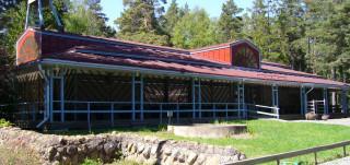 Leirintäalue Ahtelan päärakennus