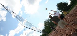 Rantalentopalloa Kupittaan liikuntakeskuksessa