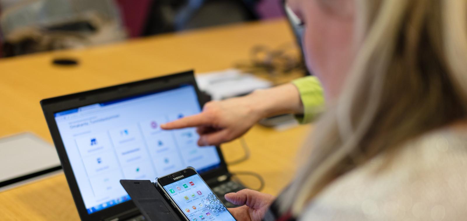 Mobiilikirjautuminen digitaaliseen palveluun