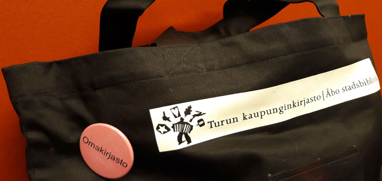 Turun kaupunginkirjaston kirjakassipalvelun kangaskassi