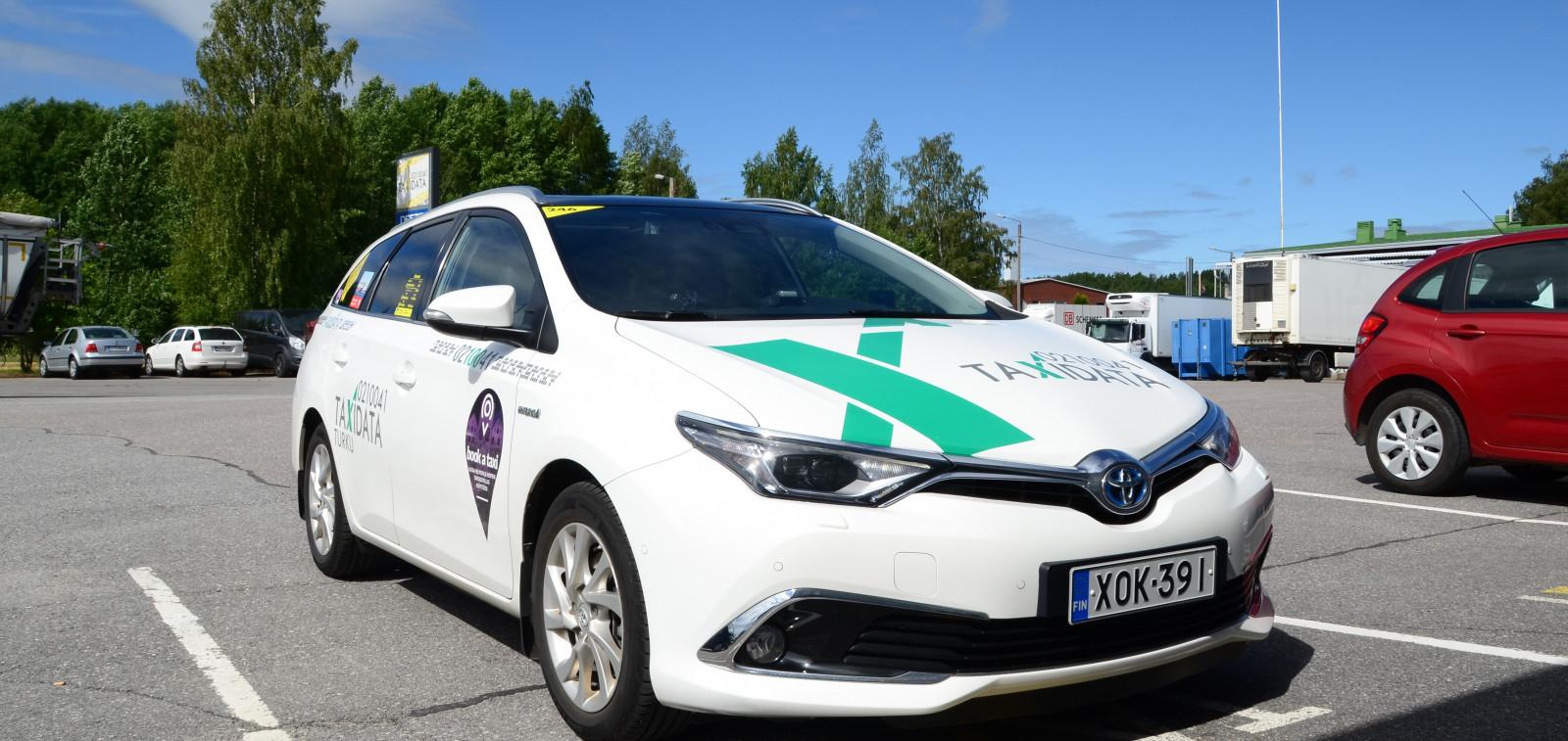 Lounais-Suomen Taxidata auto