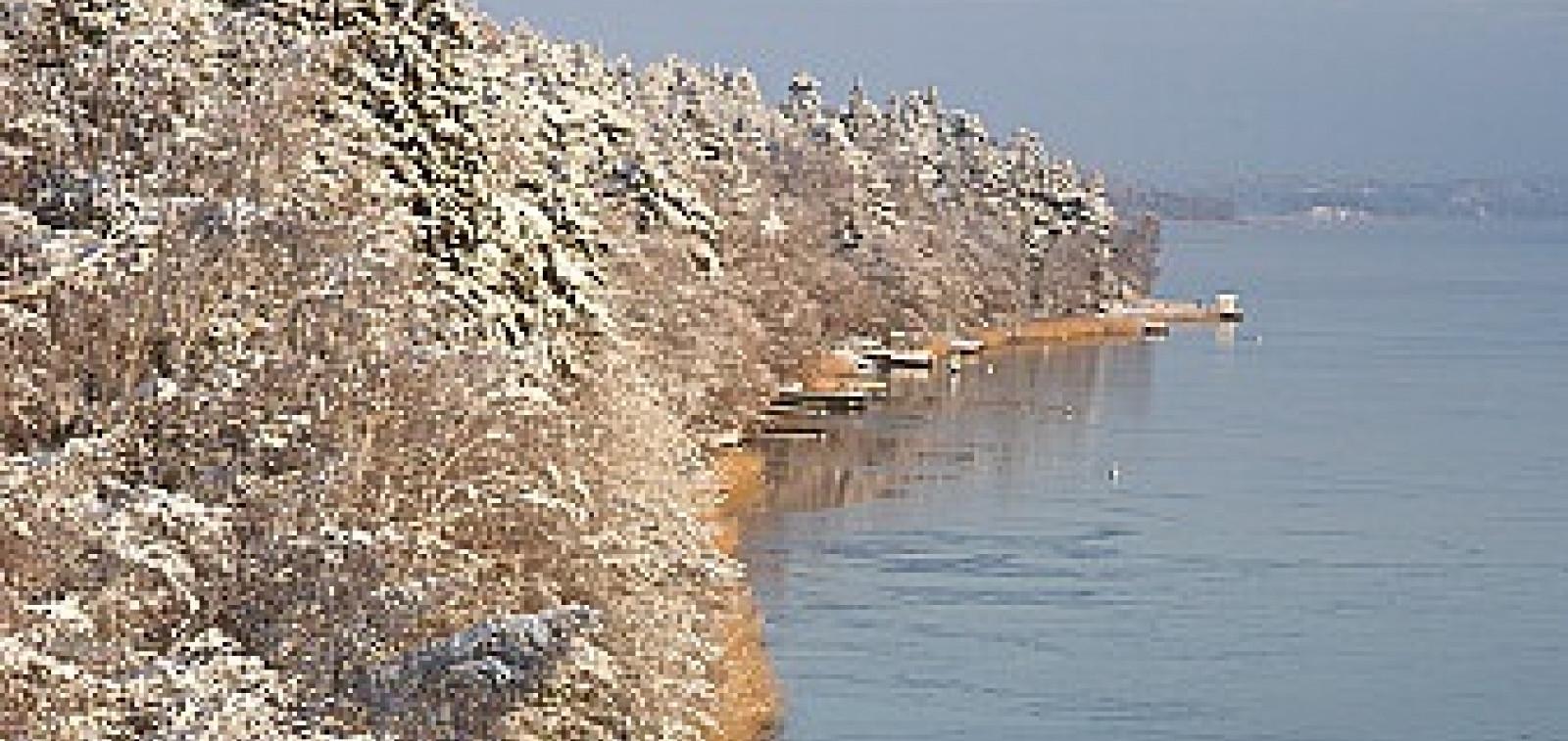 Parainen rantaviiva talvella