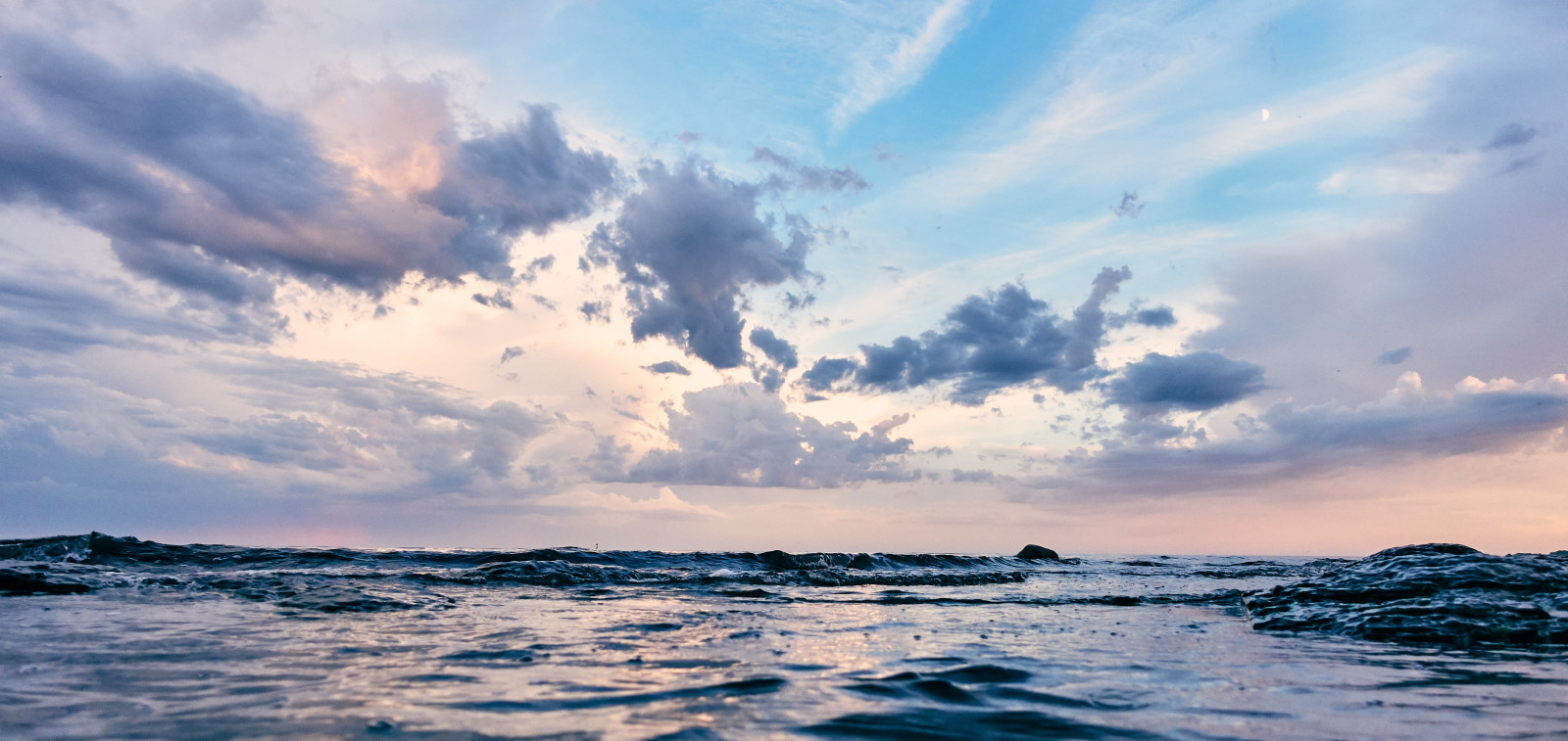 Itämeri auringonlaskussa