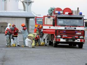 Palomiehet valmistautuvat tehtäväänsä