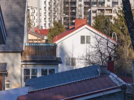 tontteja ja rakennuksia